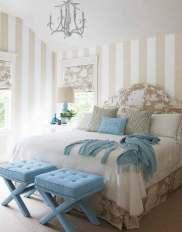Decorating-With-Stripes-Chic-Striped-Home-Decor-Idea-39