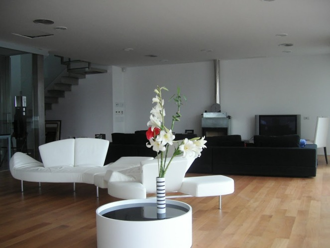 living area 05